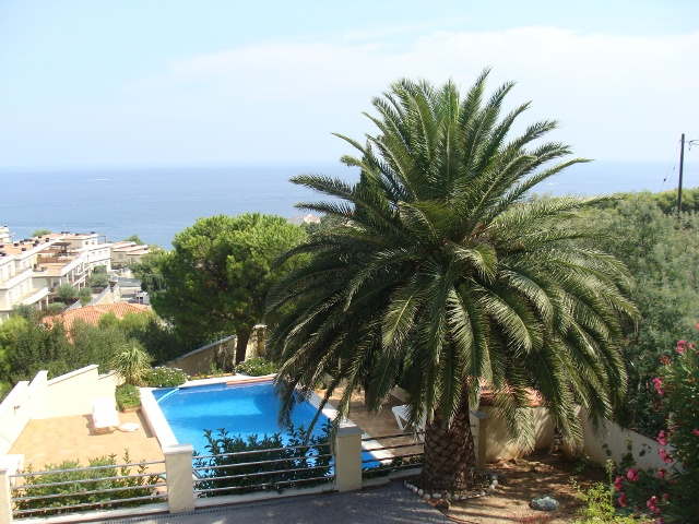 Location d 39 une villa avec piscine priv e llan a costa - Location costa brava avec piscine ...